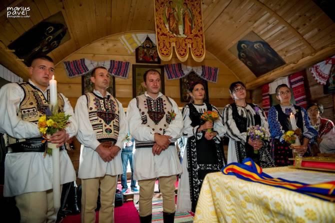 Foto nunta costum traditional