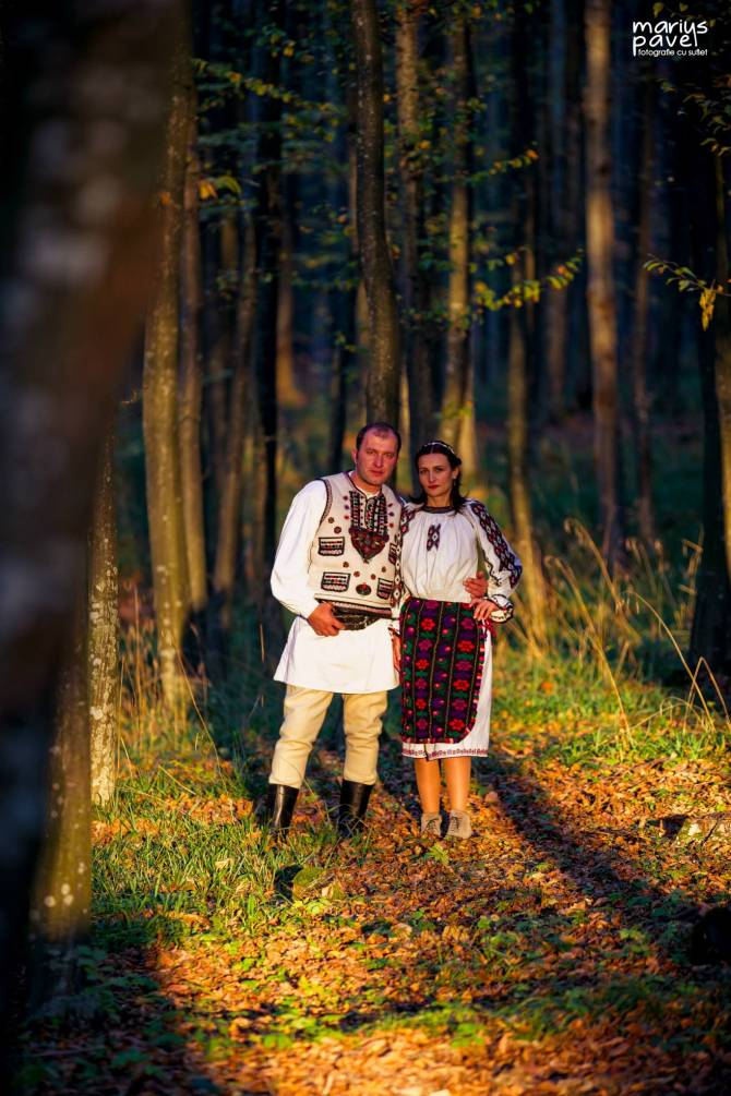 Fotografii nunta costum popular traditional Brasov