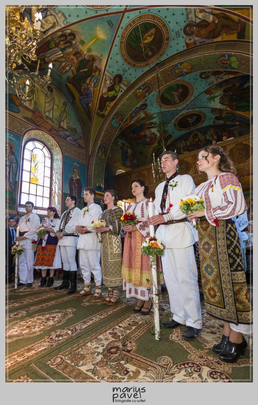 Foto nunta romaneasca – costume populare