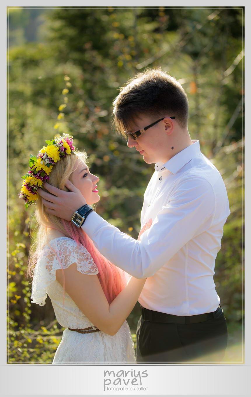 Fotografii cu cei doi logodnici in Brasov
