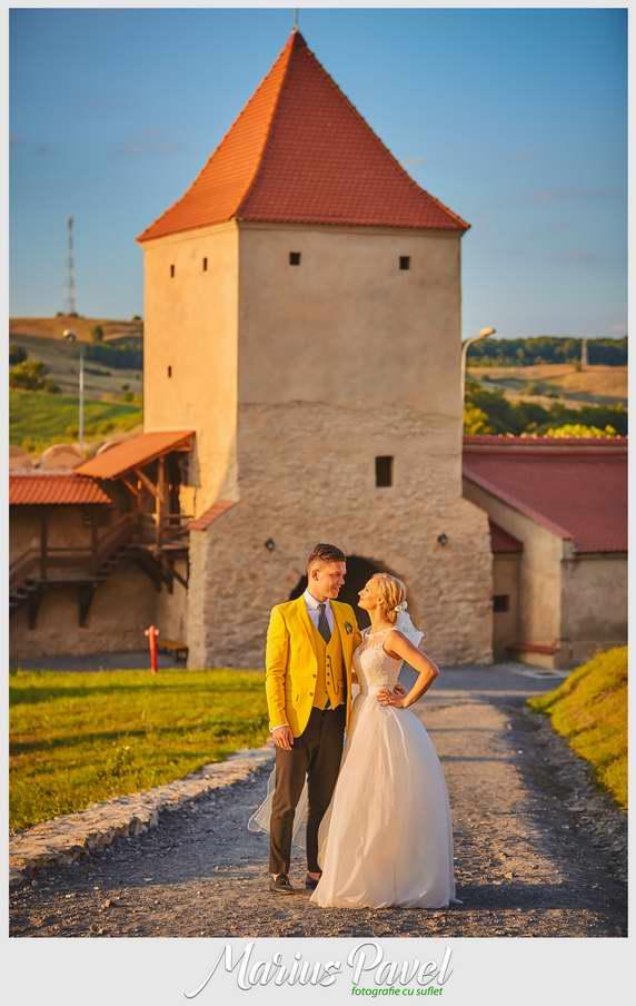 Sedinta foto dupa nunta la Cetatea Rupea